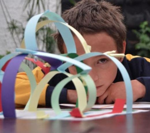 Transformar entornos familiares, las escuelas y comunidades, en espacios virtuales